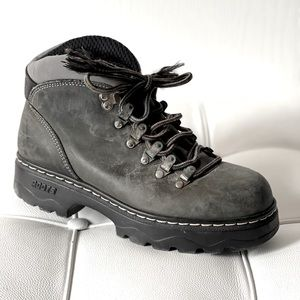 Roots TUFF Athletic Leather Boots
